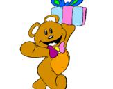 Disegno Orsacchiotto con un regalo  pitturato su teddy